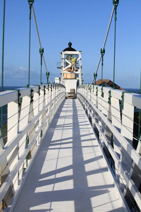Flatiron constructed the Point Bonita Lighthouse Pedestrian Bridge which hovers 124 feet above the San Francisco Bay